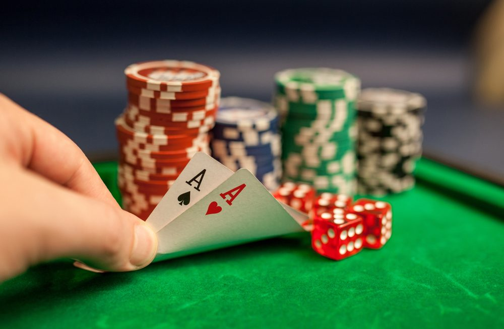 How To seek out The Time To Poker online online On Twitter